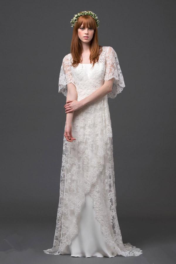 Schönes langes schlichtes Brautkleider