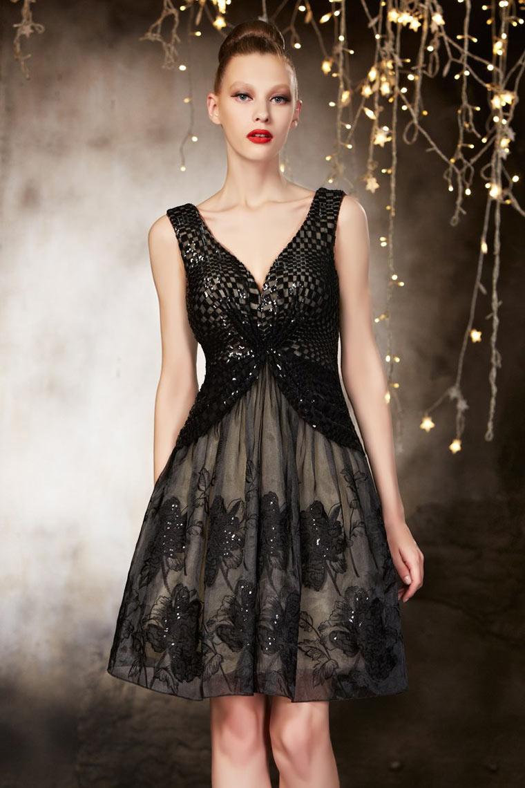 Knielanges schwarzes Sexy V Ausschnitt Abendkleider