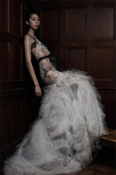vera-wang-spring-2016-wedding-dresses-01