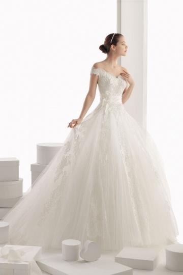 Elegantes Ivory Off Schulter Brautkleider