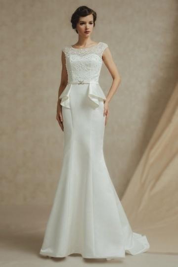 Schönes Ivory Rund Ausschnitt Brautkleider